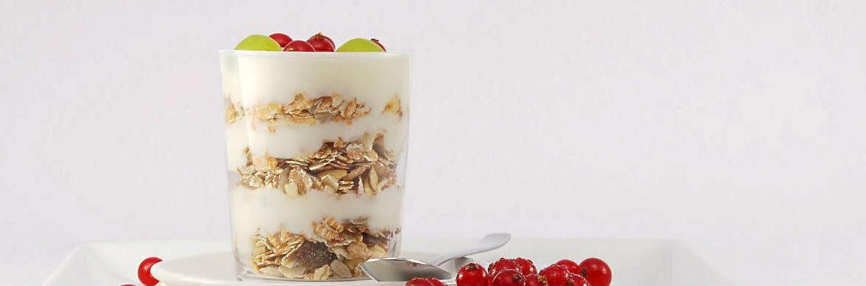 優格富含乳酸菌、益生菌,增加腸道好菌幫助腸胃蠕動、解便秘!