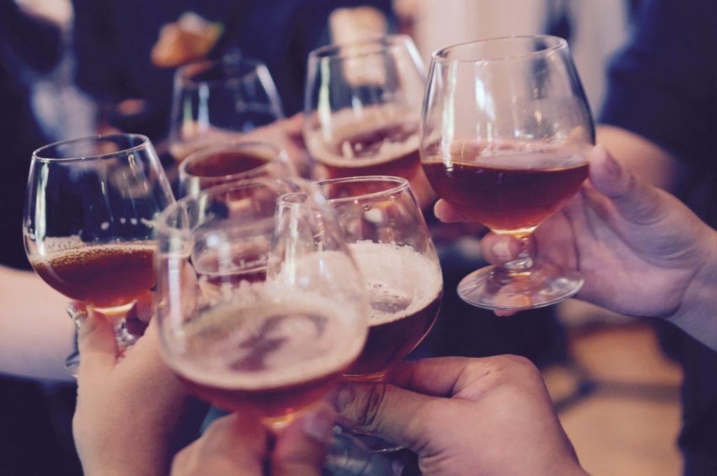 日本人不喝醉的心機妙招!喝酒前必知的抗護肝、抗宿醉要點